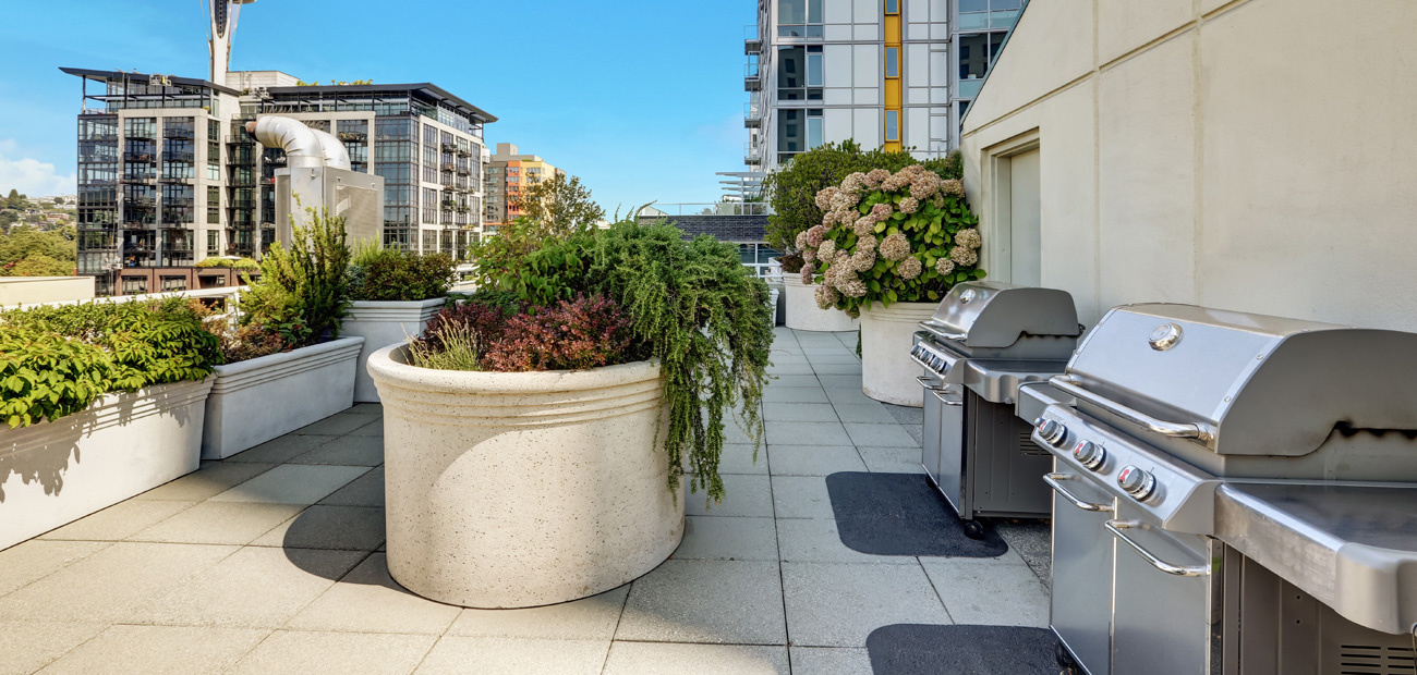 shared rooftop grilling space