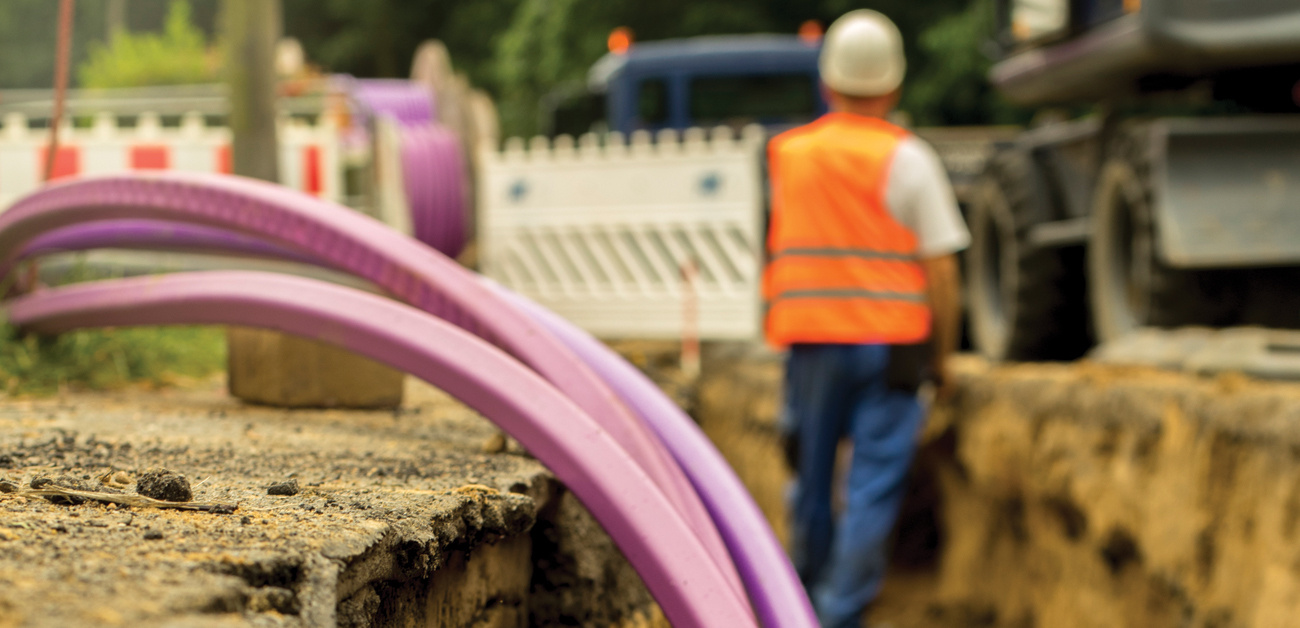 laying cable for broadband