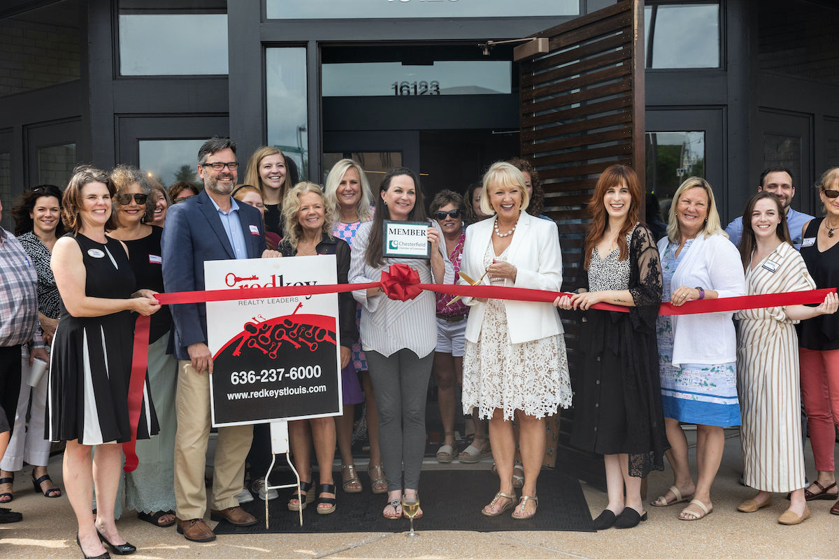 RedKey Realty Leaders' ribbon cutting