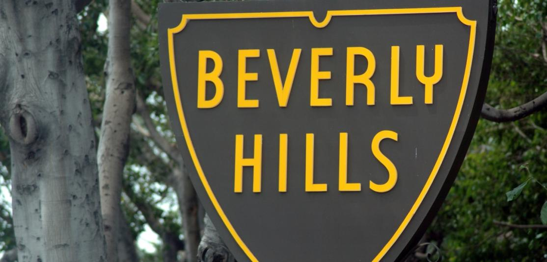 """A sign reading """"Beverly Hills"""""""