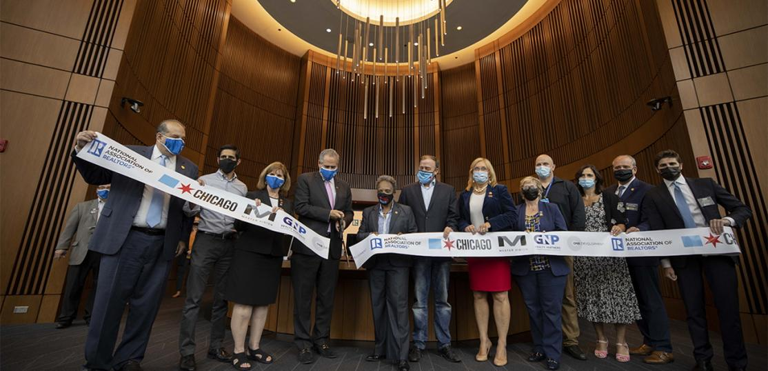 Ribbon-cutting ceremony with NAR and Chicago dignitaries