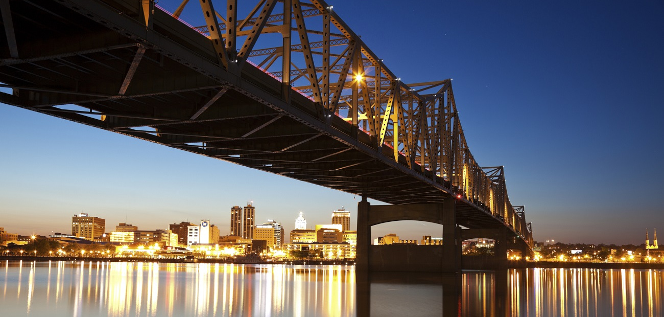 City view at dusk of Peoria, Illinois